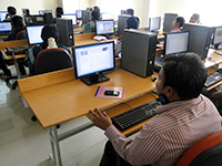 Participants accessing Online Labs